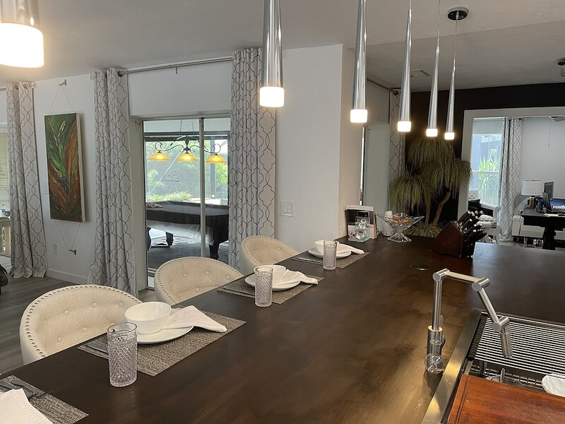 Modern Charming home, vacation rental in North Fort Myers
