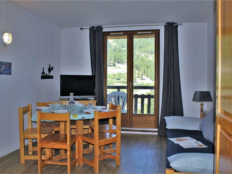 Appartement 3 pièces 6 couchages RISOUL 1850, casa vacanza a Chateauroux-les-Alpes