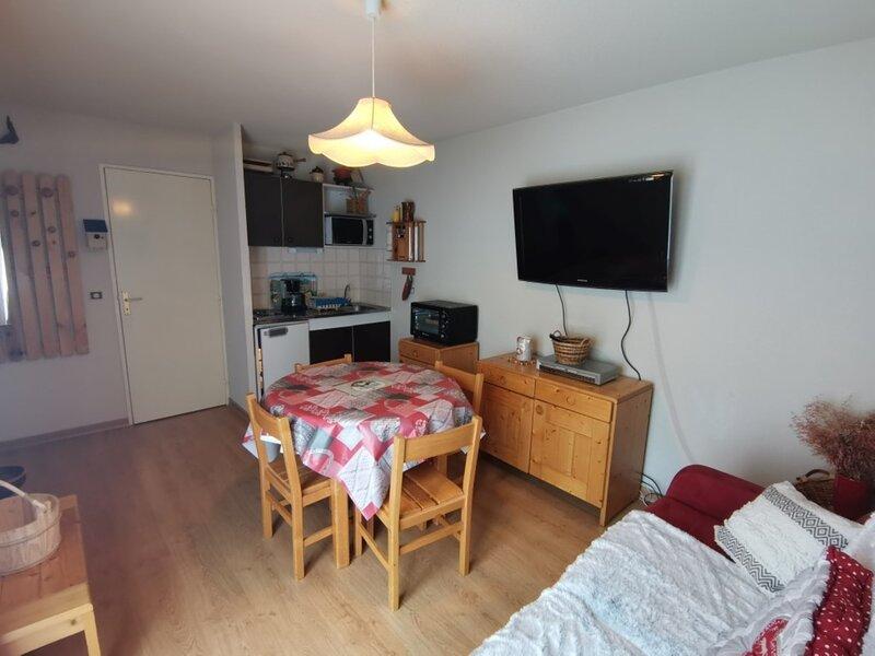 Bel Appartement 6 personnes pied des pistes 232C La Comète Réallon, alquiler de vacaciones en Reallon