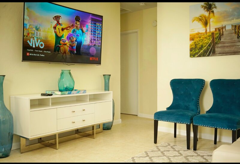 Your Home Away From Home, location de vacances à Miami Lakes