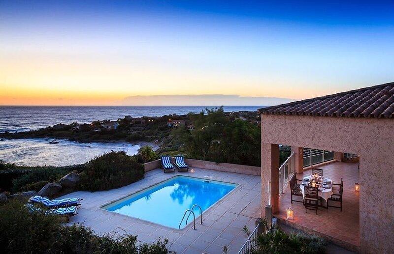 Spacious villa with swimming-pool, holiday rental in Corbara