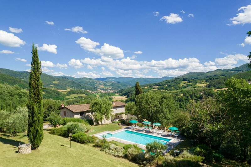 Villa Santa Maria a Bovino, holiday rental in Dicomano