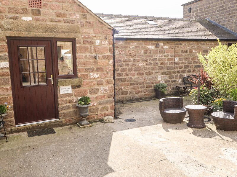Church View Cottage, rural location, elegant interiors, in Spofforth, holiday rental in Tockwith