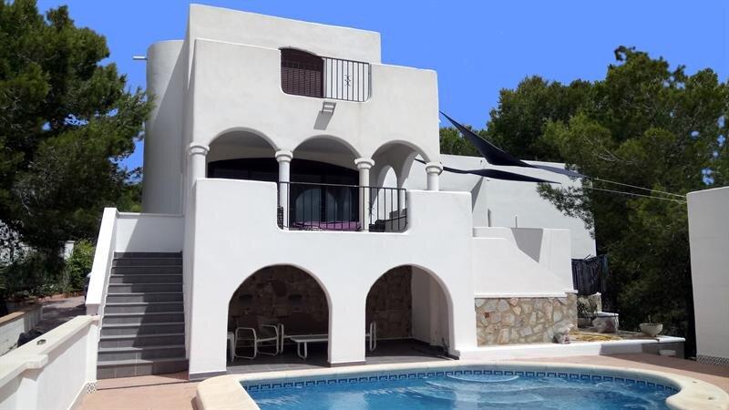 Luxury Moorish Style Villa, vacation rental in Romero
