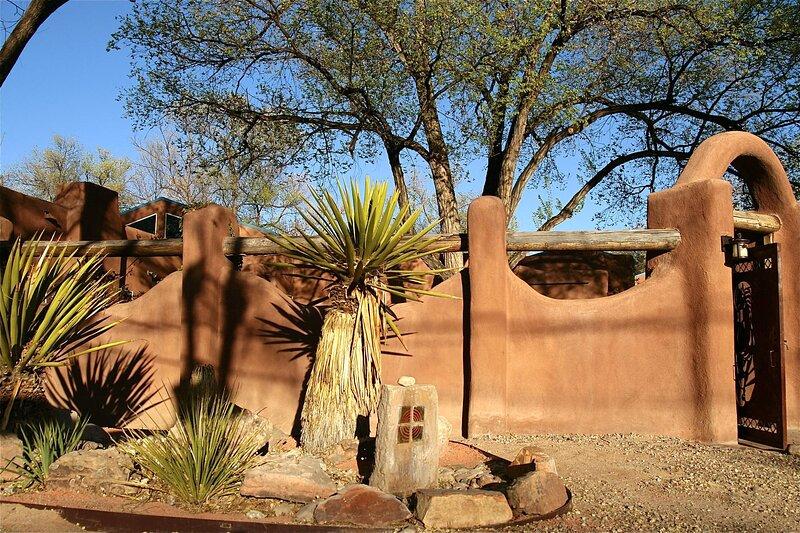 Corrales Retreat - An Irvie Home, location de vacances à Placitas
