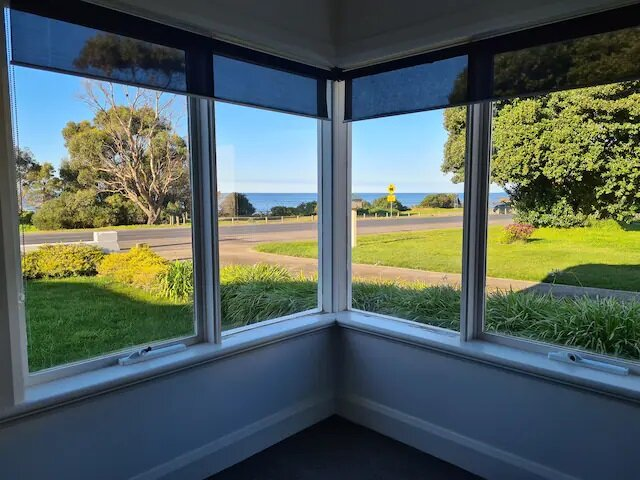 Seaside Retreat, entire beach house, amazing views, casa vacanza a Forth