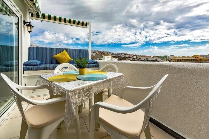 OXMAR   Parque Royal 5-5 Apartment, aluguéis de temporada em Costa Adeje