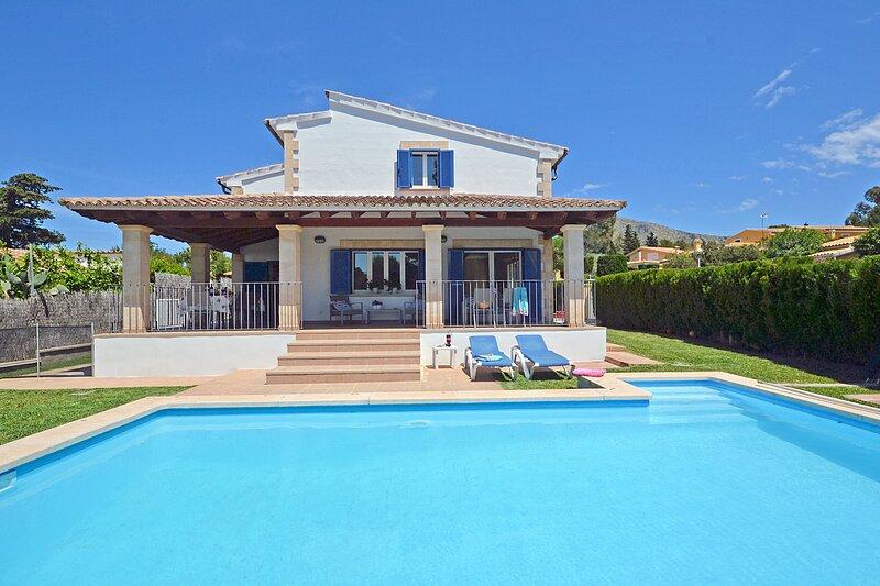 CAMAMILA - Modern house with swimming pool in Bonaire - Alcúdia, casa vacanza a Mal Pas
