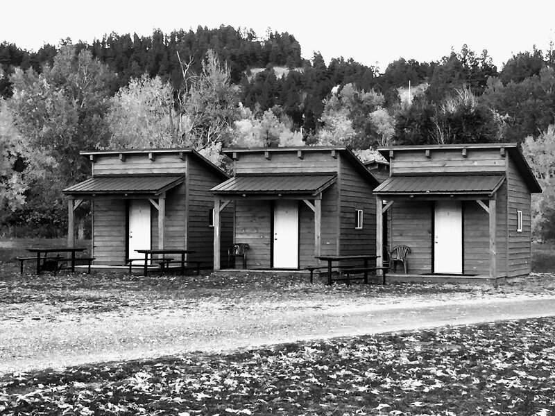 Cozy Camping Cabins in Sturgis SD, vacation rental in Sturgis