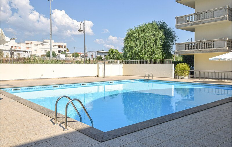Amazing apartment in Caulonia Marina with Outdoor swimming pool, 2 Bedrooms and, vacation rental in Stignano Mare