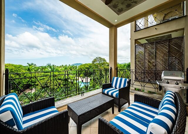 Escape life, the perfect vacation home. 2 bedroom luxury condo. - MAT405, vacation rental in Villarreal