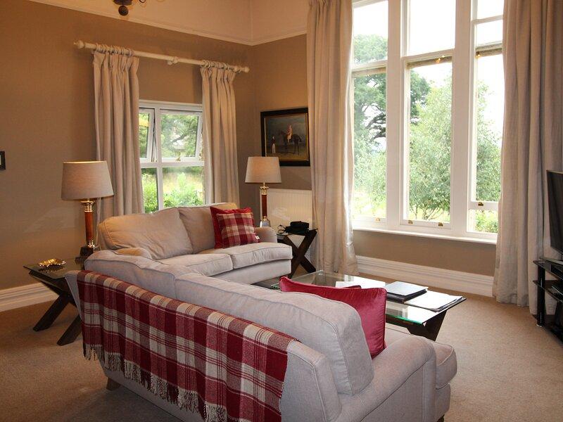 GELTSDALE GARDEN APARTMENT, all ground floor, en-suite rooms, garden with, location de vacances à Crosby on Eden