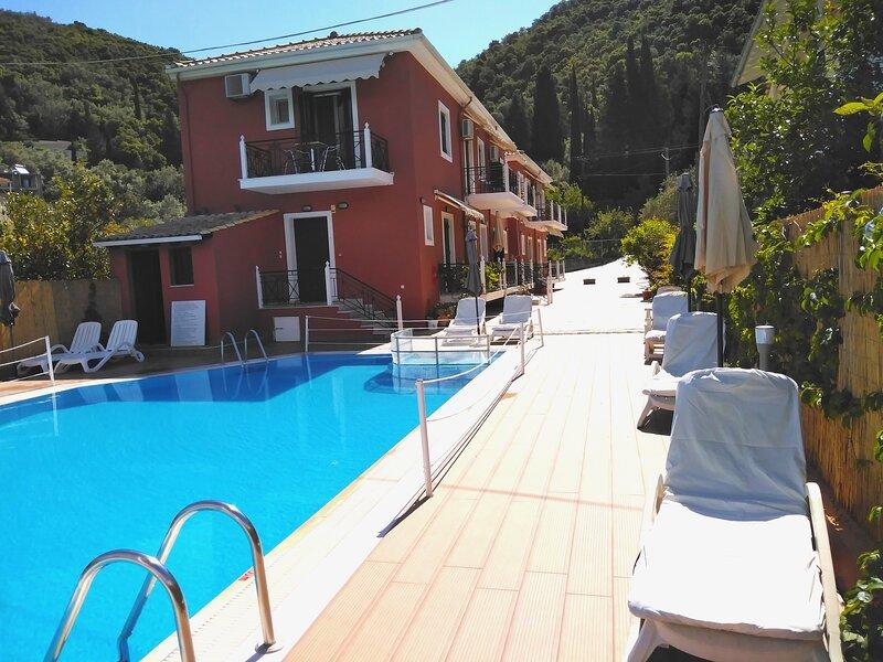 Stunning Property Sea Front in Lefkada, location de vacances à Spartochori