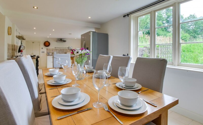 Bartley Mill Farmhouse, holiday rental in Mayfield