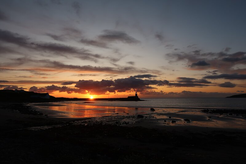 Sunset View - beachside apartment, holiday rental in Port Logan