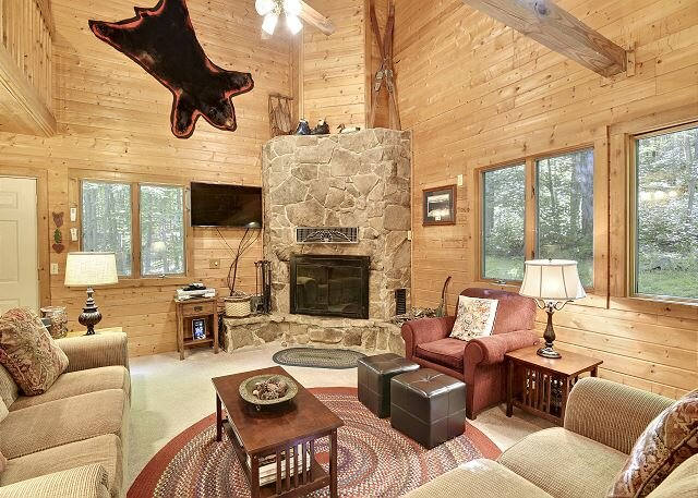 Otters Den is the perfect mountain retreat!, holiday rental in Canaan Valley