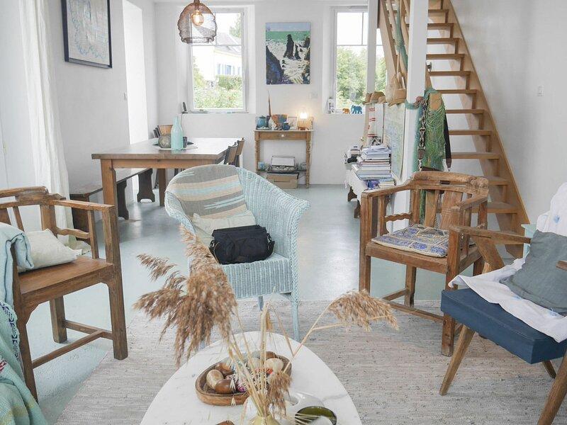 Belle vue au calme en plein coeur de Sauzon, holiday rental in Sauzon