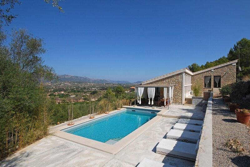 PUIGFERRER - Country house with pool and panoramic views in Selva, holiday rental in Selva