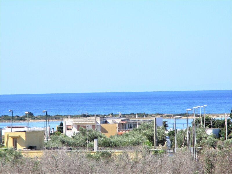 Porto Cesareo Luxury Villa 10 posti letto Torre Lapillo, holiday rental in La Strea