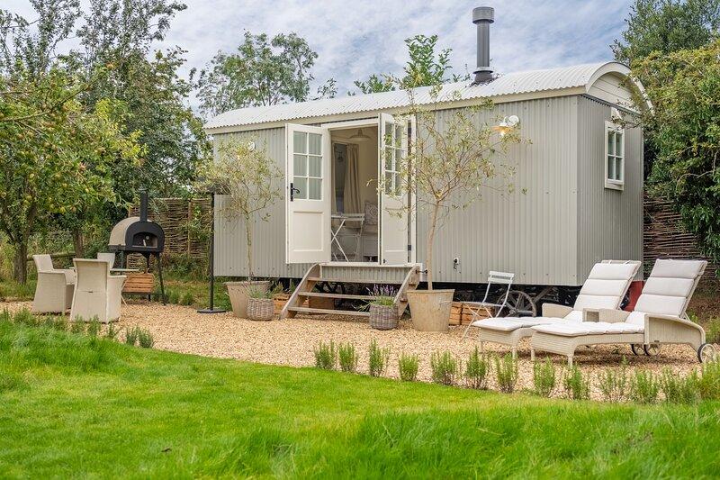 Hidden Hut, holiday rental in Syderstone