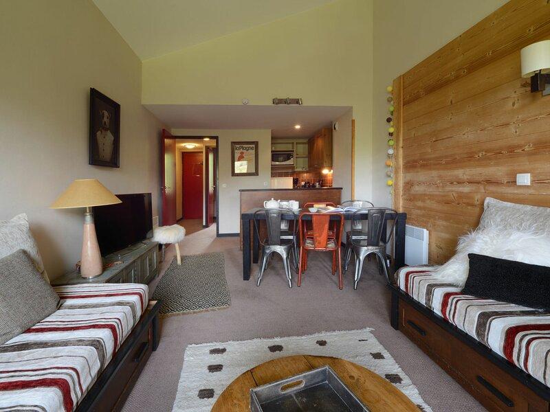 Très bel appartement  rénové composé de 4 pièces pour 8 personnes de 57 m, holiday rental in Belle Plagne