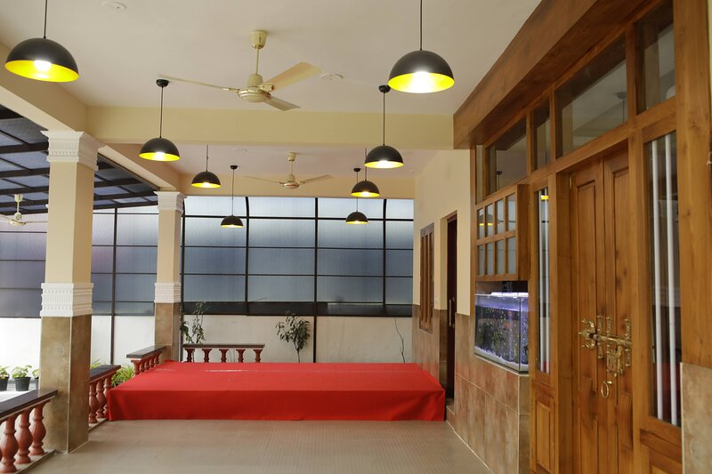 MEGHDOOT Service Apartment, location de vacances à Kalady