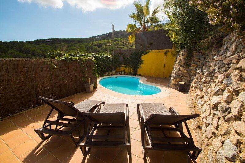 Villa finladesa, aluguéis de temporada em Vilassar de Mar