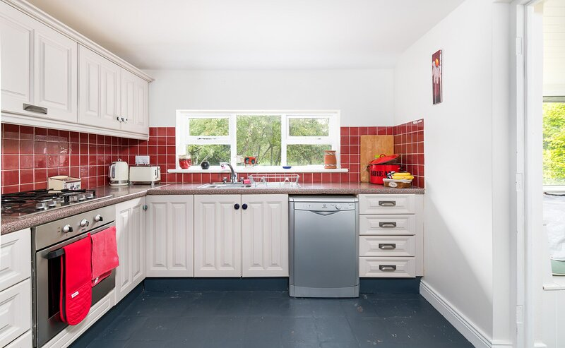 Fishermans Cottage, St. Judes, Ballytra, Carne, County Wexford - Fishermans Cott, holiday rental in Tagoat