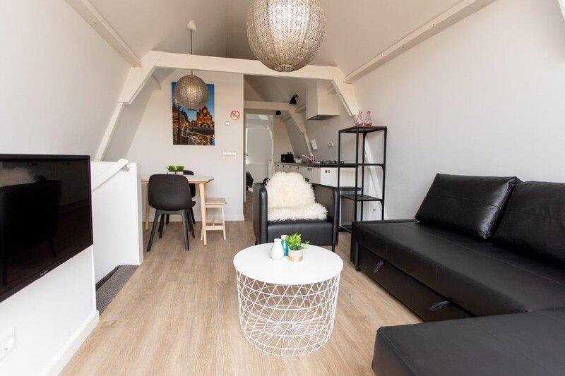 Alkmaar City Centre Apartment C, aluguéis de temporada em Hensbroek