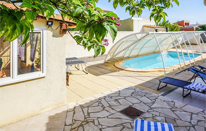 Amazing home in Paraza with Outdoor swimming pool and 3 Bedrooms (FLA239), holiday rental in Sainte-Valiere