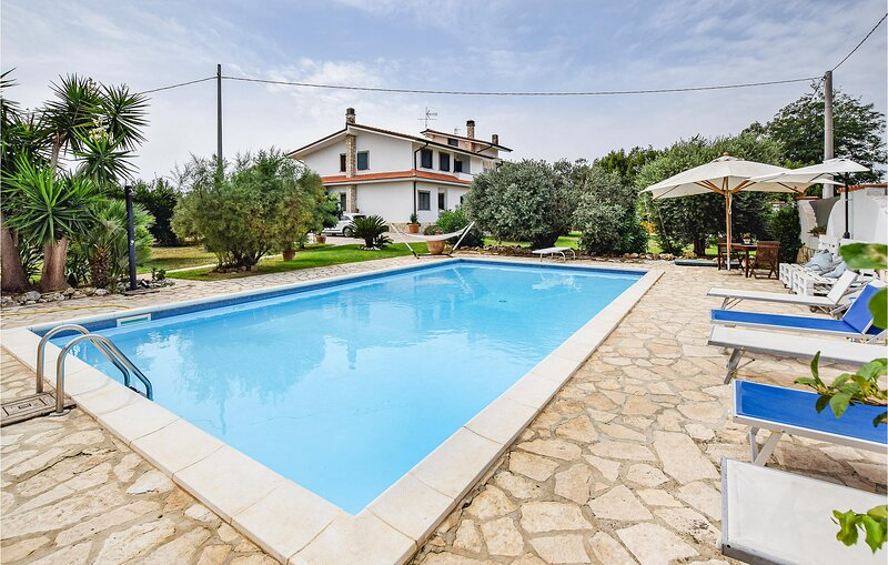 Awesome home in Sabaudia with Outdoor swimming pool and 2 Bedrooms (IRK207), holiday rental in Latina Lido