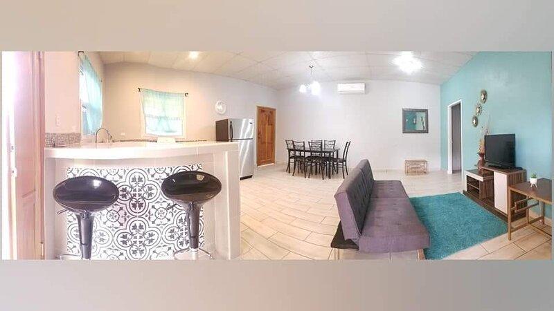 Confort, seguridad y comodidad en un solo lugar!, holiday rental in Cortes Department