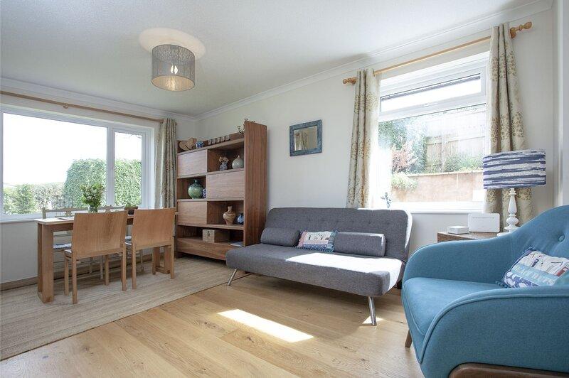 City Reach - A bungalow in a quiet suburban area close to Exeters city centre, alquiler de vacaciones en Exeter