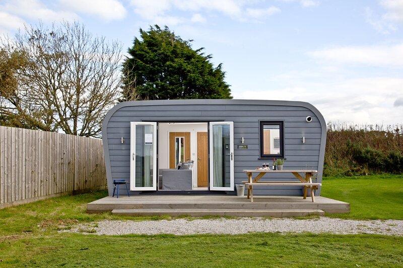 Wheal Tor, Wheal Dream - A luxury lodge sleeping 4 a few miles from the Cornish, location de vacances à Gweek