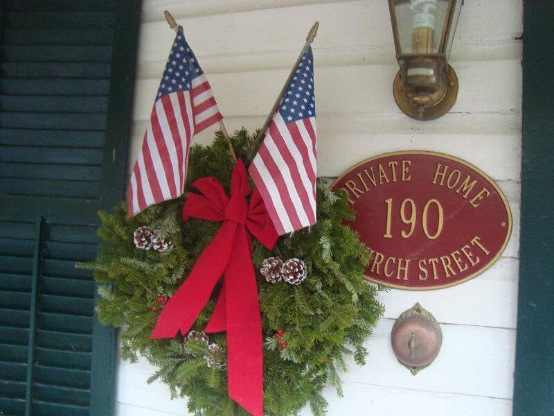 Enchanting Cottage, Center of Historic Downtown!, holiday rental in Hamilton
