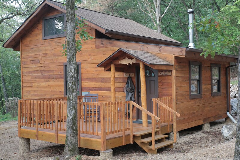 Dogwood Hill Trout Cabin, holiday rental in Bull Shoals