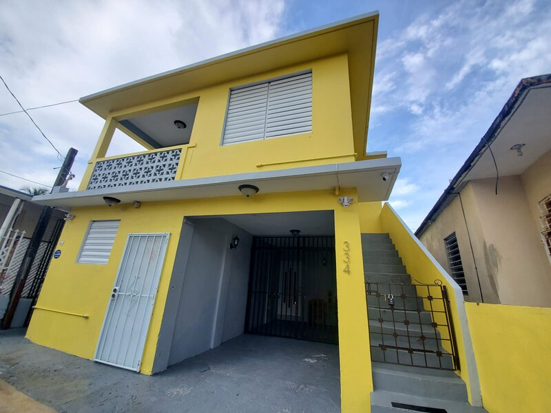 Near Beach, Renovated, Economical, Sleeps up to 10, vacation rental in Palmer