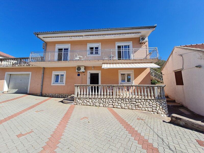 Apartments Vjenceslava, alquiler de vacaciones en Senj