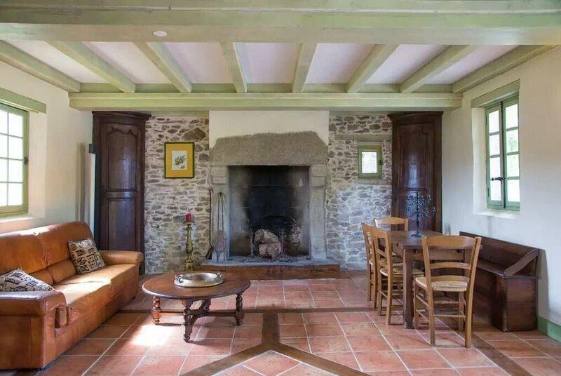 Nice house with garden & terrace, location de vacances à L'Aiguillon-sur-Vie