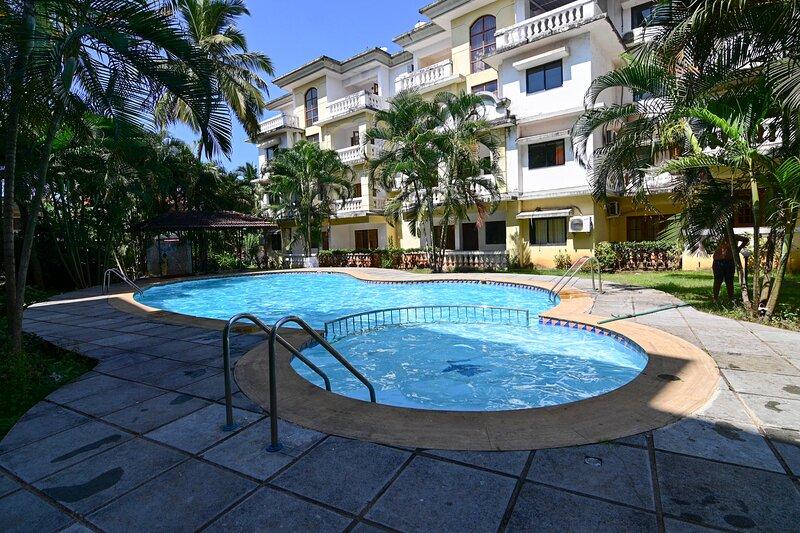 TripThrill Goan Imperial Holidays 1BHK-3, vacation rental in Carmona