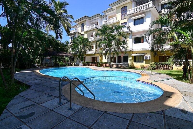 TripThrill Goan Imperial Holidays 1BHK-2, vacation rental in Carmona