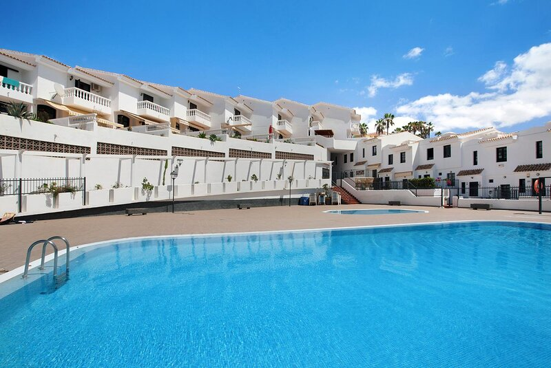 Very well maintained Holiday House in Chayofa, the sunny south of Tenerife, holiday rental in Chayofa