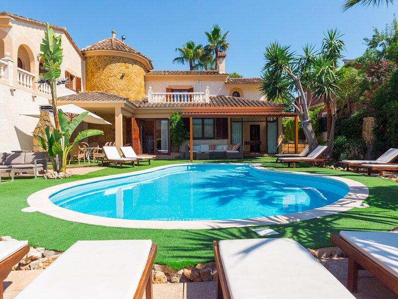 Castellet - Spectacular villa with pool near Palma, vacation rental in Sa Cabaneta