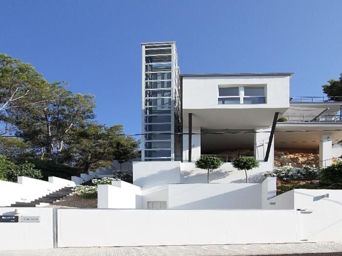 The One - Modern villa in Andratx with capacity for 8 people, holiday rental in Peguera
