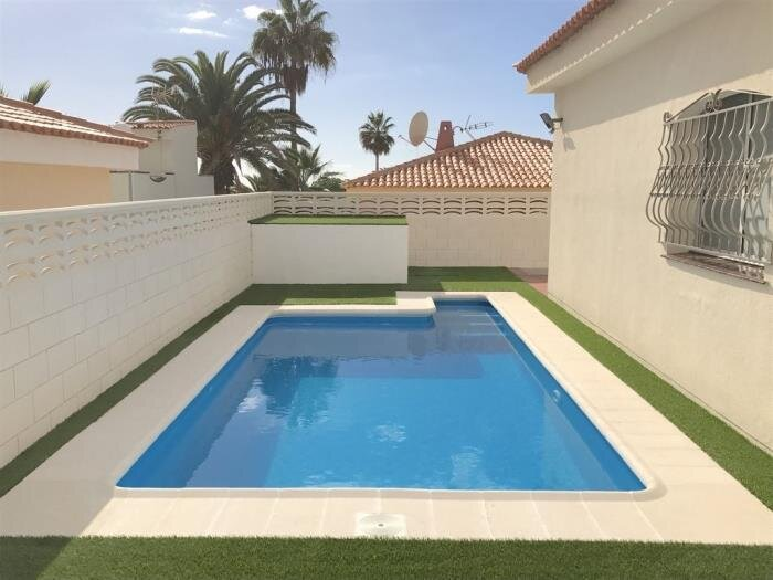 BEAUTIFUL VILLA 83 WITH PRIVATE POOL AND CAR INCLUDED *depends of avalability, holiday rental in Callao Salvaje