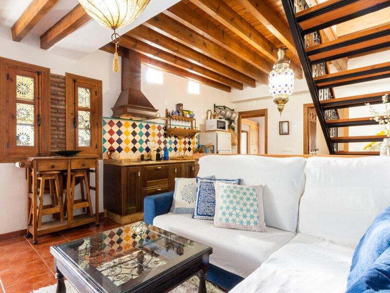 Nice rustic house with charm in Nigüelas, alquiler de vacaciones en Nigüelas