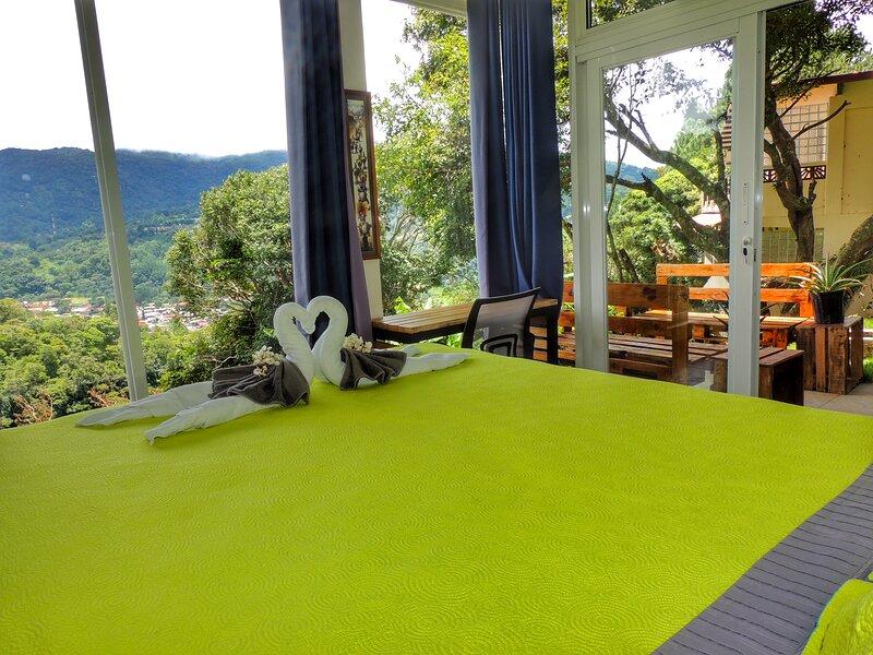 Casa Ejecutiva - The Motmot Suite, vacation rental in Cerro Punta