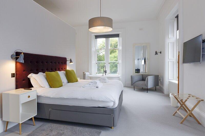 Shoeburn North (Superior Bedroom), casa vacanza a Leurbost