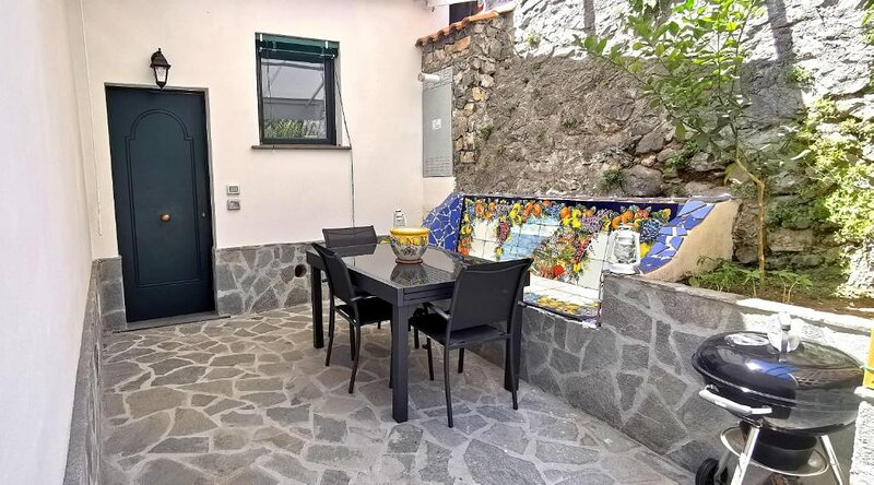 RELAIS CAPO DI CONCA AMALFI COAST, holiday rental in Conca dei Marini