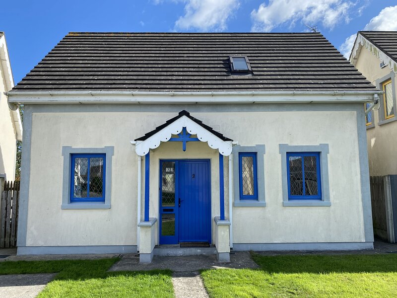 Glendale Chestnut Grove Holiday Home, Glendale, Rosslare Strand, Co.Wexford - 3, holiday rental in Tagoat